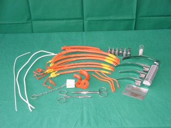 DRÄGER/AESCULAP Intubation equipment, unused, partly in original packaging, in very good
