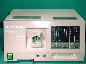 OLYMPUS CLE-10 cold-light source, 2 x 150 watt halogen